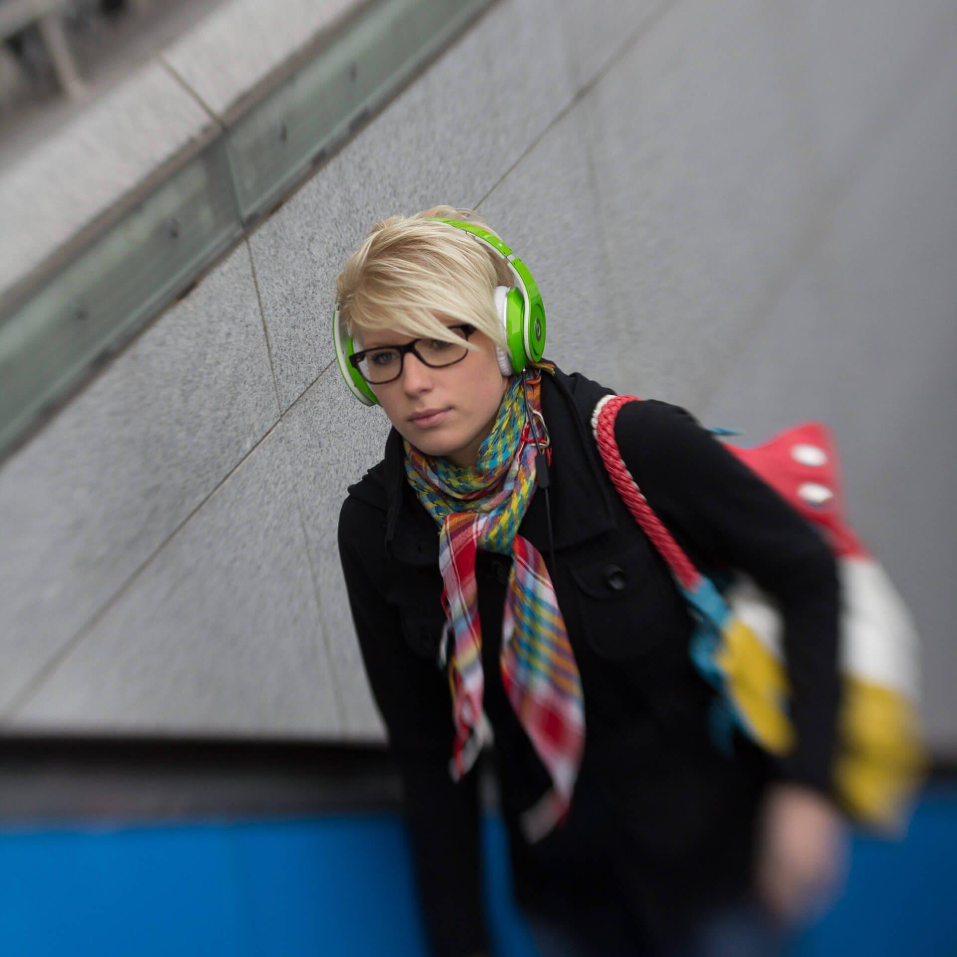 Miss Green | Streetfotografie